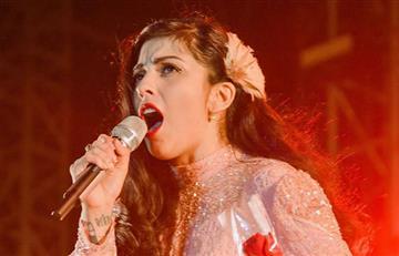 Mon Laferte declaró que no volvería a cantar con Plácido Domingo