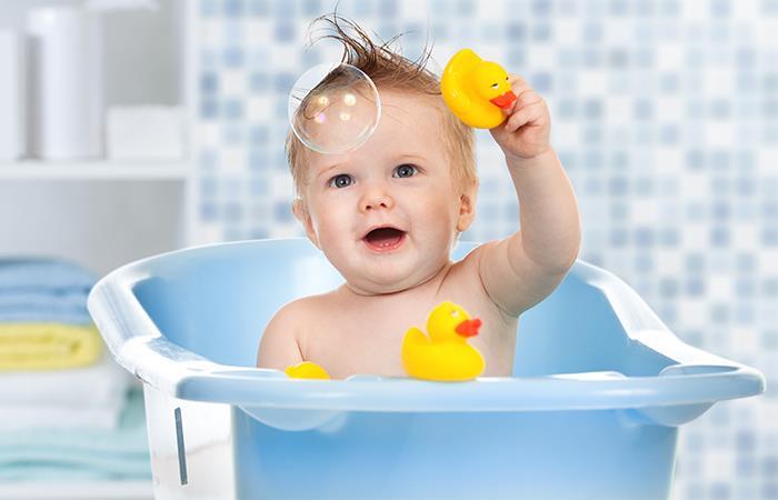 Cuidados baño recién nacidos