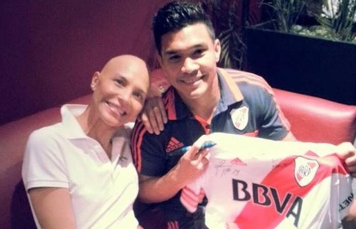 Teófilo Gutiérrez le regaló la camiseta de River Plate. Foto: Instagram