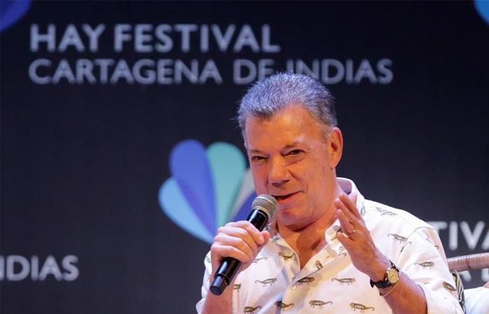 Juan Manuel Santos durante su intervención en el Hay Festival. Foto: EFE