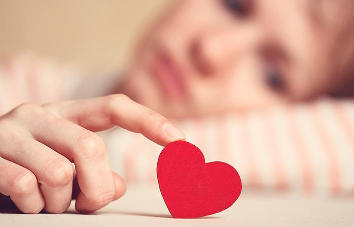 Ritual contra la mala racha amorosa. Foto: Shutterstock