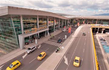 [FOTO] Hombre se lanzó de un puente en el aeropuerto El Dorado en Bogotá