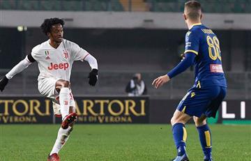 Cuadrado no pudo hacer nada para evitar la derrota de Juventus ante Hellas Verona