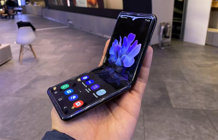 Samsung Galaxy Z Flip celular plegable