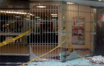[VIDEO] Disturbios cerca a la Universidad Pedagógica dejan un banco vandalizado