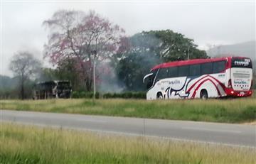 En medio del paro armado, ELN atacó a tiros un bus en el Cesar