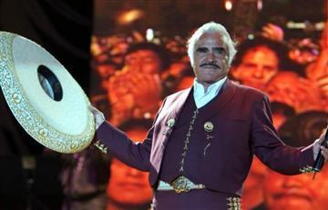 Vicente Fernández celebra desde ya sus 80 años
