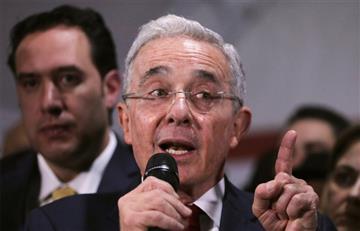 ¿Álvaro Uribe no paga impuestos en Colombia?