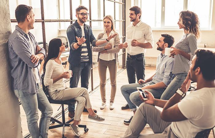 Empleo oportunidades laborales jóvenes Colombia
