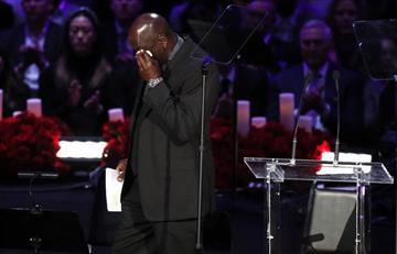 [VIDEO] Michael Jordan rompe en llanto en homenaje a Kobe Bryant