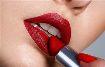 Trucos infalibles para que tu labial dure más tiempo