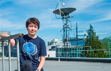 Estudiante de astronomía descubrió 17 planetas y uno de ellos es habitable