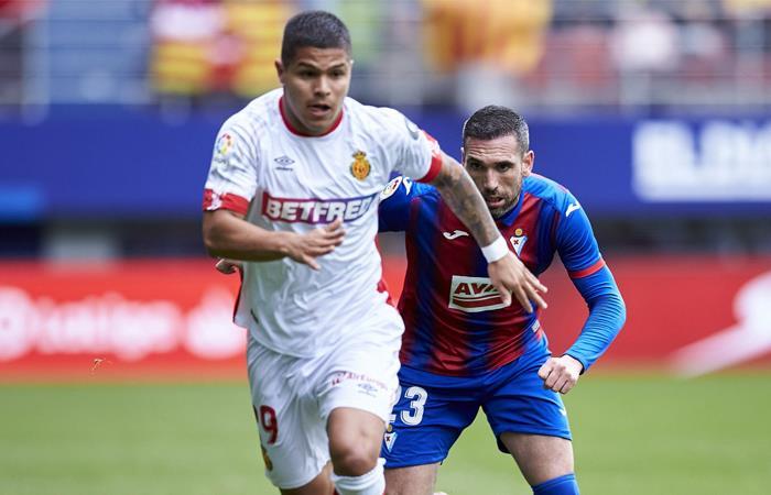 El 'Cucho' Hernández espera volver a vestir 'la tricolor'. Foto: Twitter