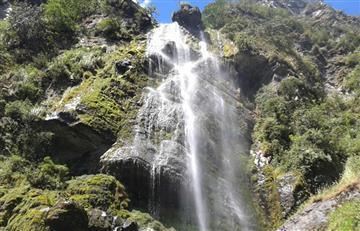 Conoce la belleza natural del Chorro de Plata en Cundinamarca