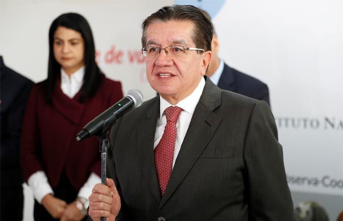 El ministro de Salud Fernando Ruíz hará el anuncio oficial. Foto: EFE