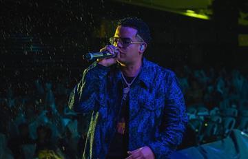 """Así suena el remix oficial de """"Piel con piel"""" de J Álvarez"""