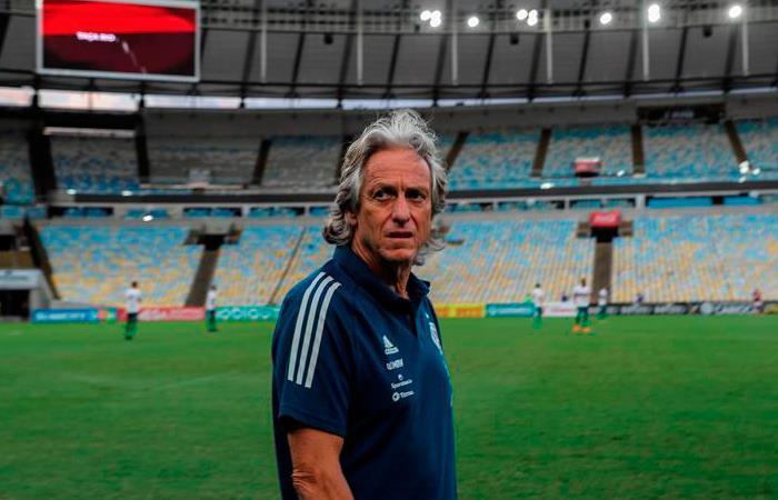 Jorge Jesus entrenador Flamengo positivo coronavirus Junior Barranquilla
