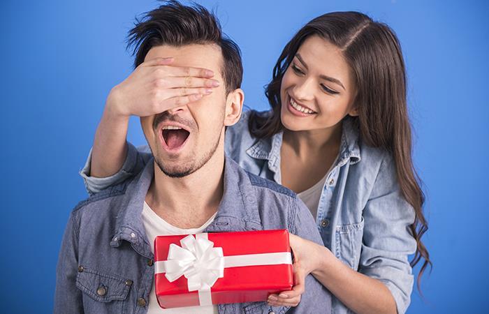 ¿Qué regalar a un hombre?. Foto: Shutterstock