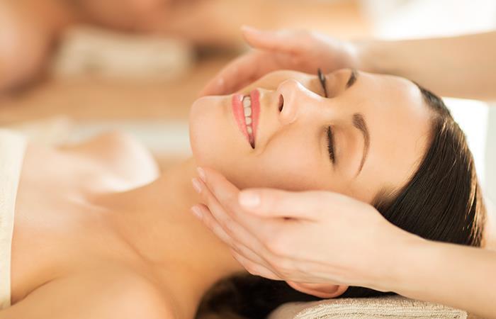 Conoce los beneficios de los masajes faciales. Foto: Shutterstock