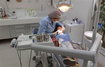 Odontógos: los galenos más expuestos a contagiarse del Covid-19