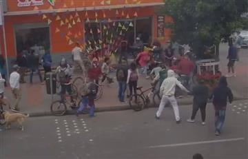 "Saqueos en Ara de Soacha previo a la ""cuarentena nacional"""