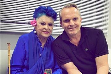 Falleció la mamá del cantante Miguel Bosé a causa del coronavirus
