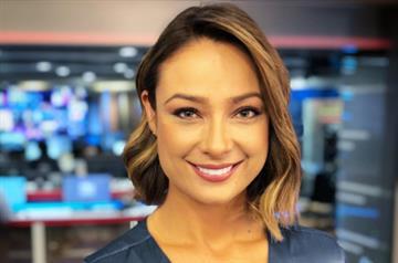 Hijo de Mónica Jaramillo se robó el show en transmisión de Noticias Caracol