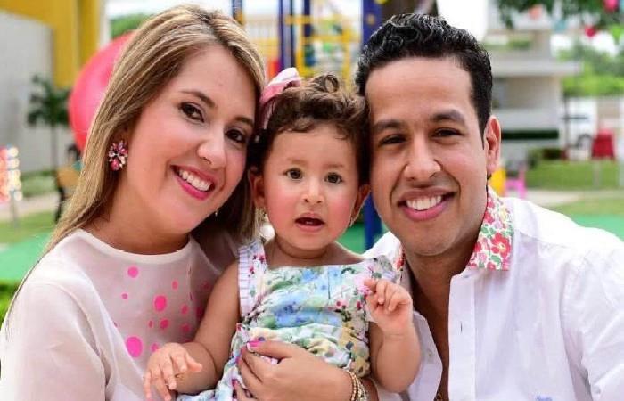 Dayana Jaimes, Martín Elías y su hija Paula. Foto: Instagram