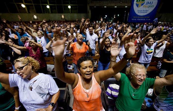 Jair Bolsonaro reuniones religiosas Brasil