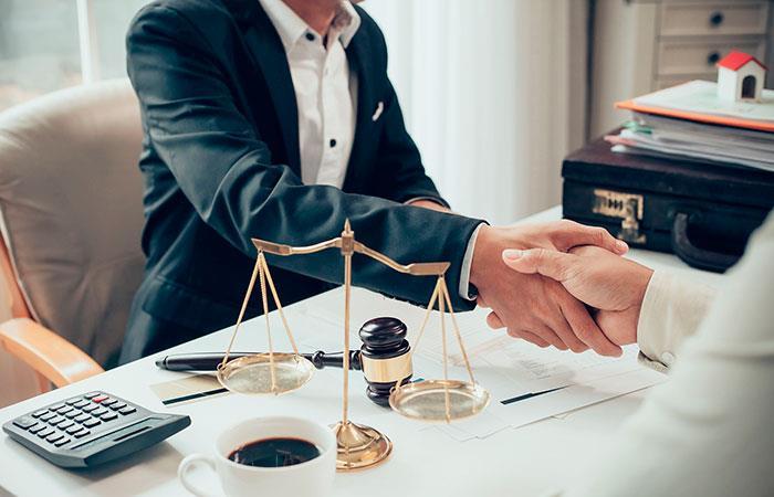 ¿Qué hacer en un accidente y cuándo acudir a un abogado?