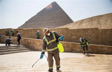 Así es como Egipto limpia sus pirámides para reducir los casos de COVID-19