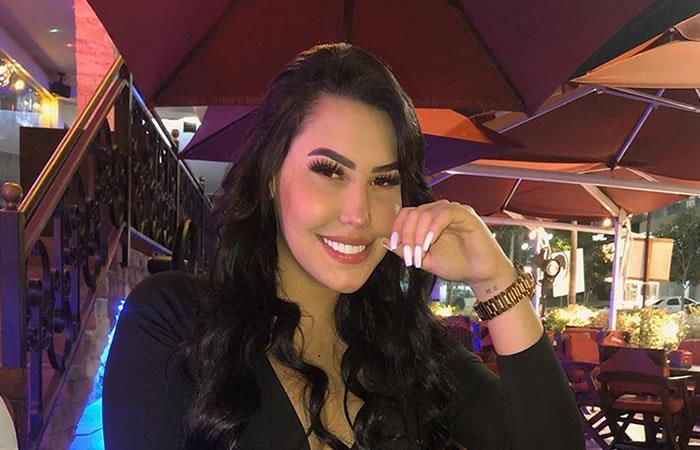 Borracha, Ana del Castillo transmitió en vivo durante la cuarentena