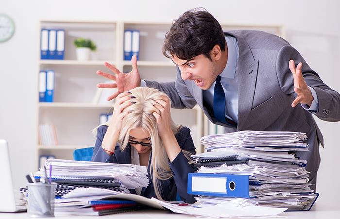 Consecuencias estrés laboral salud corazón