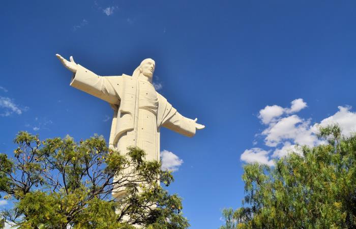 Imagen de Jesús en árbol en Magangué