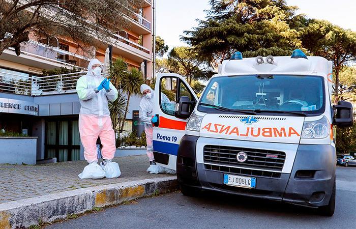 Los casos de COVID-19 en Italia empiezan a disminuir. Foto: EFE