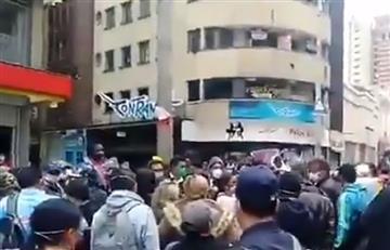 """Trabajadores sexuales protestan por """"ayuda alimenticia"""" en Bogotá"""