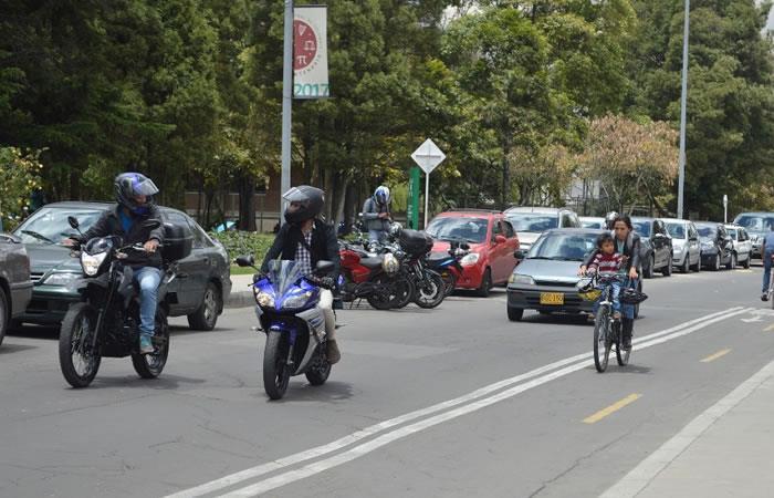 Bogotá: éxodo vehículos cuarentena Semana Santa