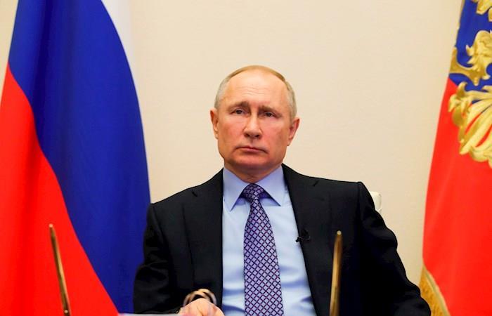Putin vacaciones pagas un mes coronavirus Rusia