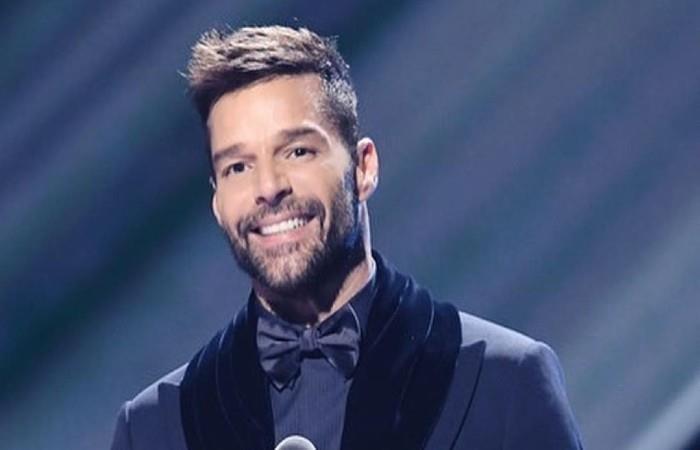 Ricky Martin presenta a su hijo