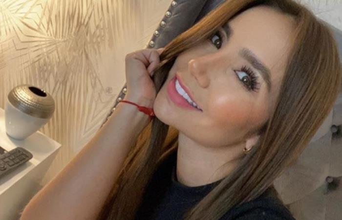 Paola Jara cantando 'La llorona' de Chavela Vargas