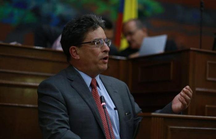 Alberto Carrasquilla, ministro de Hacienda. Foto: Twitter