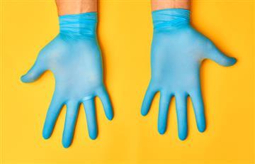 Coronavirus: Los guantes desechables podrían no ser tan seguros como se cree