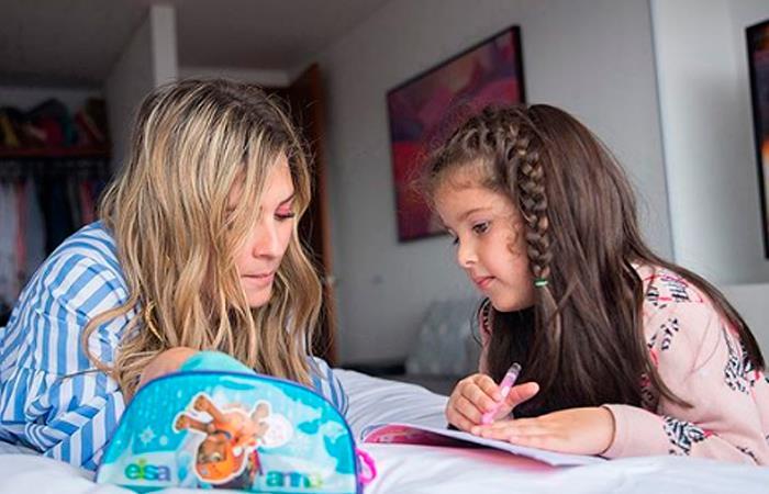 Andrea Guerrero y su hija Luna. Foto: Instagram