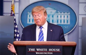 """Trump sugiere inyectarse """"desinfectante y """"luz solar"""" para combatir el COVID-19"""