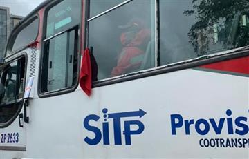 """Medidas de """"cuarentena"""" llevó a protestar a 700 conductores del Sitp"""