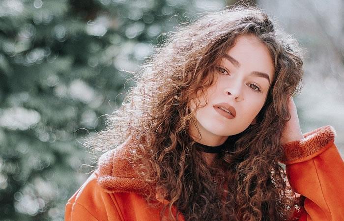 Los beneficios de la cuarentena también aplican para el cabello. Foto: Pixabay