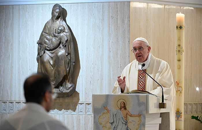 El papa Francisco felicitó a los enfermeros en su día. Foto: EFE