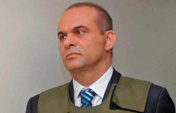 Salvatore Mancuso fue uno de los máximos líderes de las AUC en Colombia. Foto: Twitter