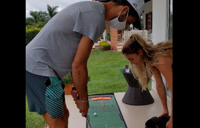 Robert Farah entrenamientos golf en casa esposa Belén