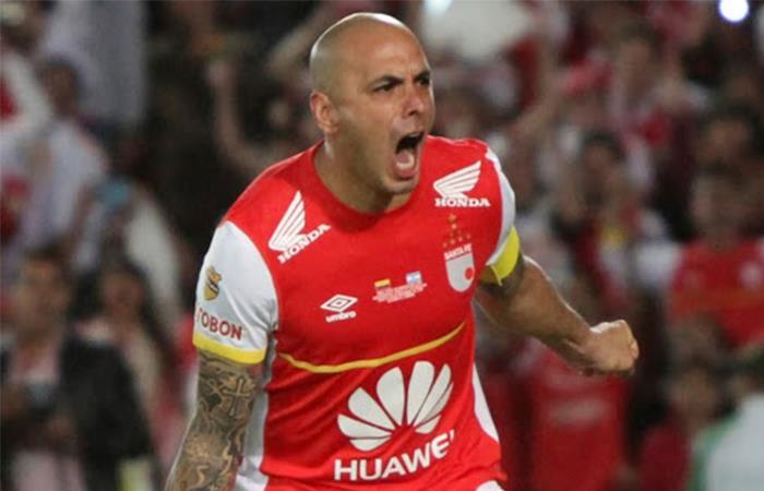 Omar Pérez iba a tener su partido de despedida en julio de 2020.. Foto: Instagram